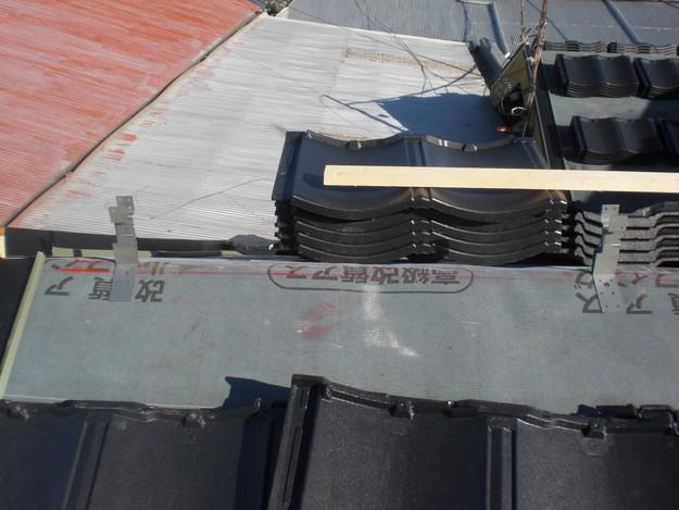 屋根葺き替えリフォーム工事新設瓦敷設から完成までCIMG2183