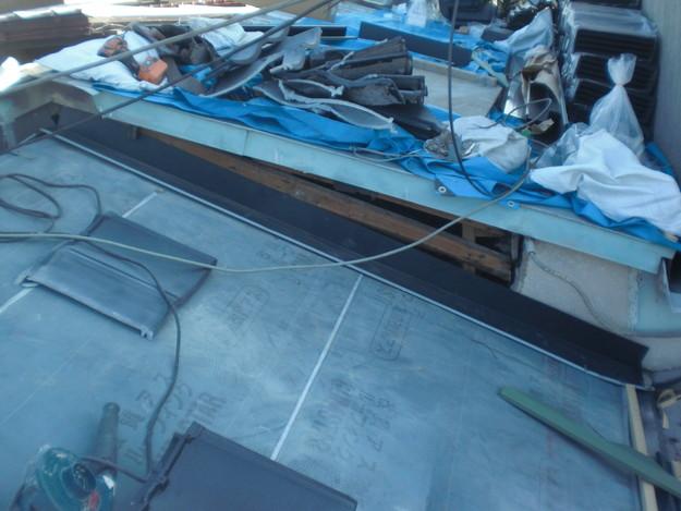 屋根葺き替えリフォーム工事新設瓦敷設から完成までCIMG2187