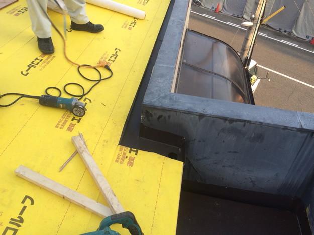 屋根防水シート張り1450663607599