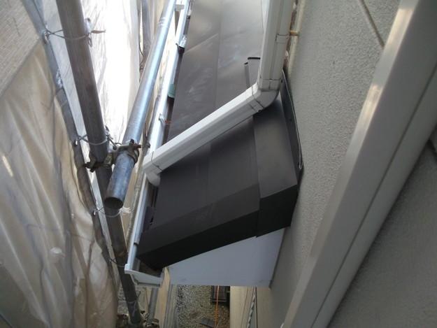 新設屋根材敷設中DSCF2469