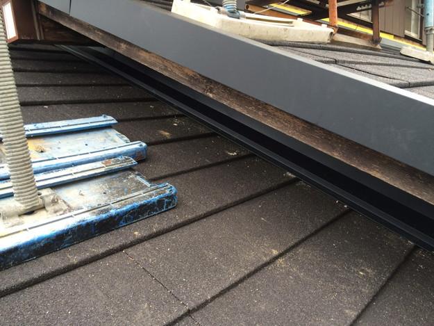 新設屋根材敷設作業1449324616659