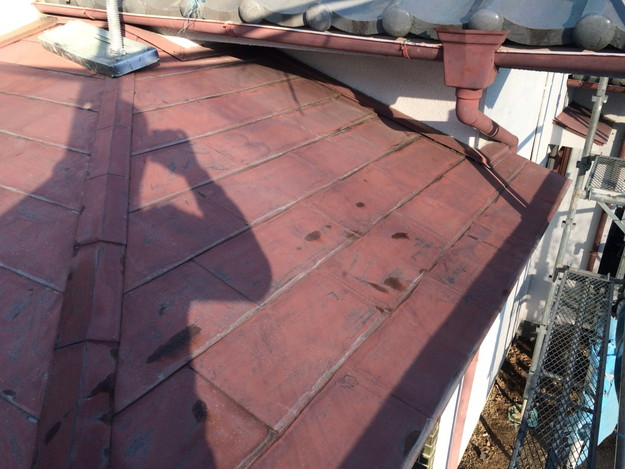 玄関上金属屋根のカバー工法リフォーム施工前1453461181241