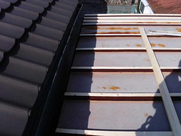 屋根のリフォーム工事前DSCI0610