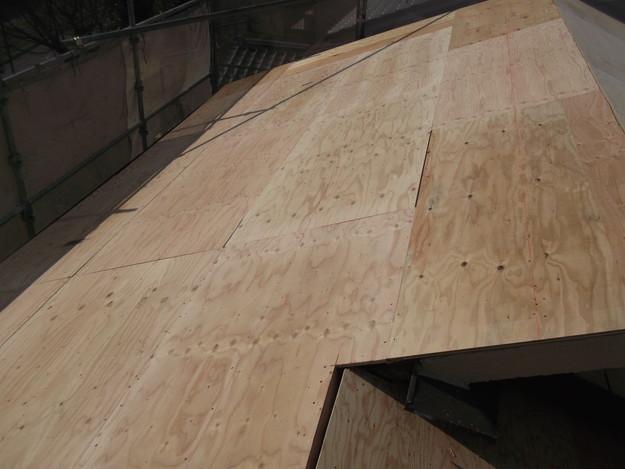 屋根の補強と土台づくりDSCF2557