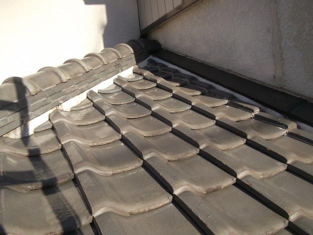 屋根漆喰工事ビフォーDSCF2326