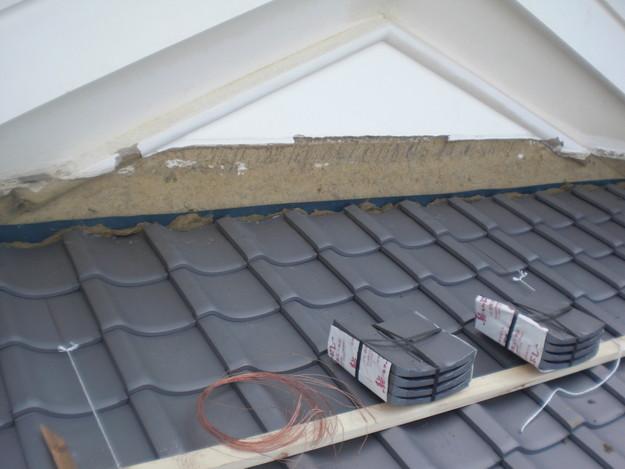 屋根葺き替え工事中CIMG2084