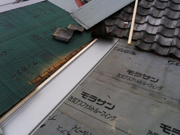 立平葺き屋根工事中の様子DSCI0725