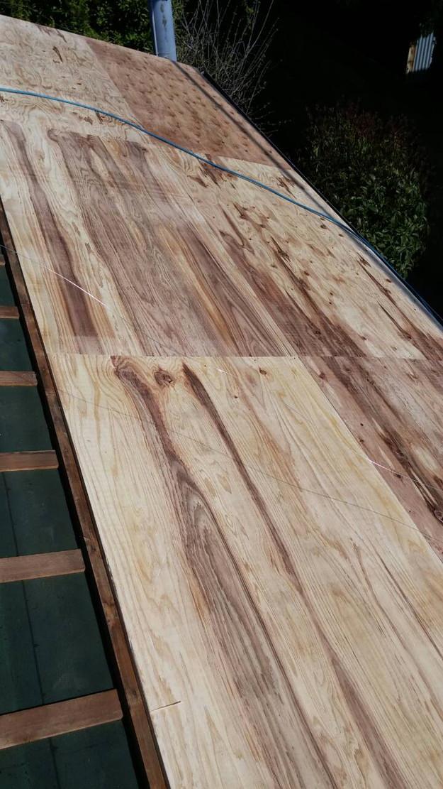 カラーベスト屋根葺き替え施工中1459670940151