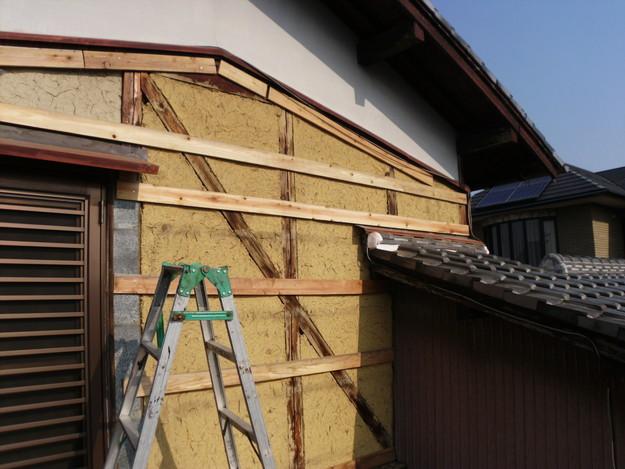 外壁トタンの交換工事施工中DSCI1188