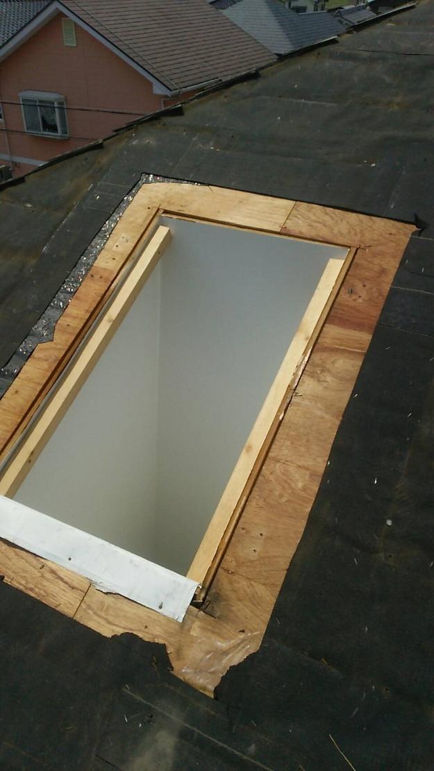 天窓の雨漏り修理工事1460897127786