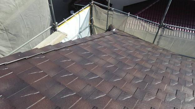 屋根のリフォーム神戸市新設屋根材ハイブリッド瓦設置作業1461820914910
