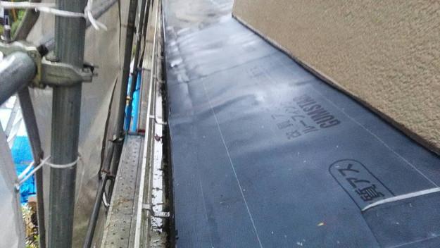 屋根のリフォーム神戸市新設屋根材ハイブリッド瓦設置作業1461820950669