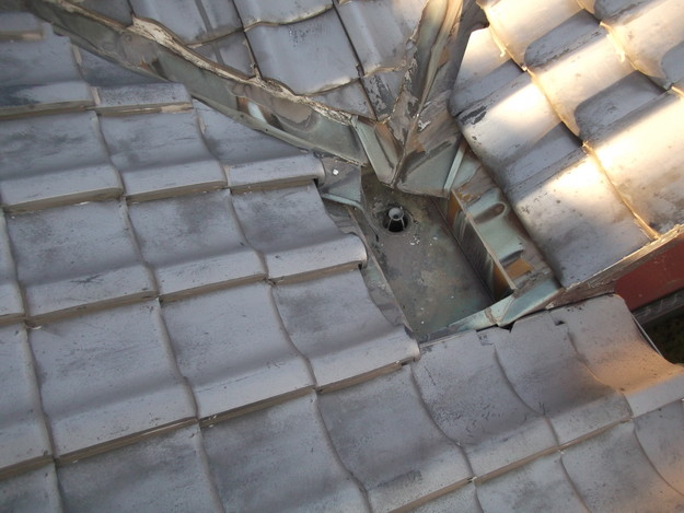 雨漏り・台風対策屋根メンテナンス工事中DSCF4235
