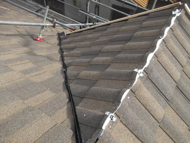 高級高性能洋風金属瓦によるカバー工法屋根リフォーム工事DSCF2781