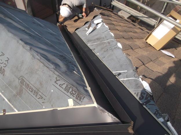 高級高性能洋風金属瓦によるカバー工法屋根リフォーム工事DSCF2793
