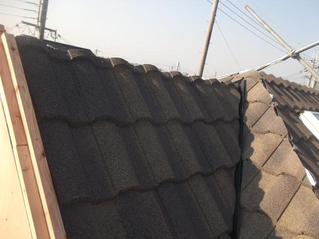 高級高性能洋風金属瓦によるカバー工法屋根リフォーム工事DSCF2800