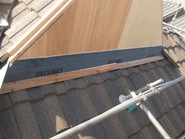 高級高性能洋風金属瓦によるカバー工法屋根リフォーム工事DSCF2815