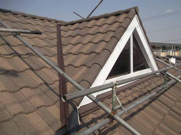 高級高性能洋風金属瓦によるカバー工法屋根リフォーム工事DSCF2844