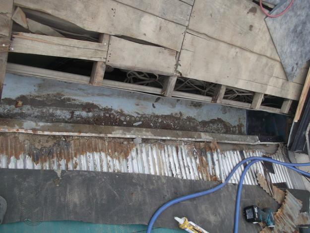 カラートタン波板設置工事前DSCF2683