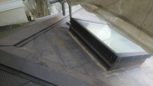 屋根のリフォーム神戸市新設屋根材ハイブリッド瓦設置作業1461820923618