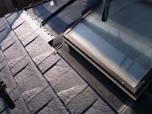 屋根のリフォーム葺き替え工事新設屋根材設置中DSCI1276