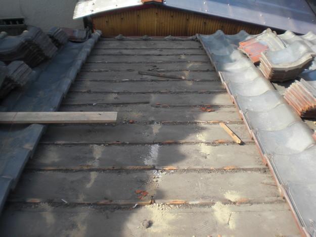 屋根修理ルーフィング防水シート張替工事CIMG2300