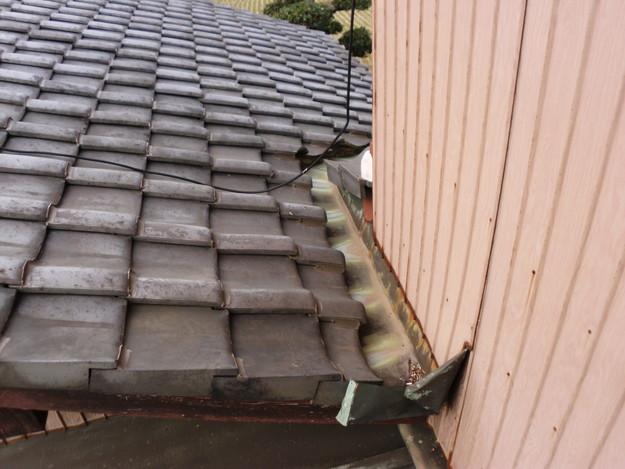 屋根板金と外壁トタンの交換工事施工前DSCI1176