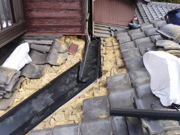 屋根板金交換工事施工中DSCI1184
