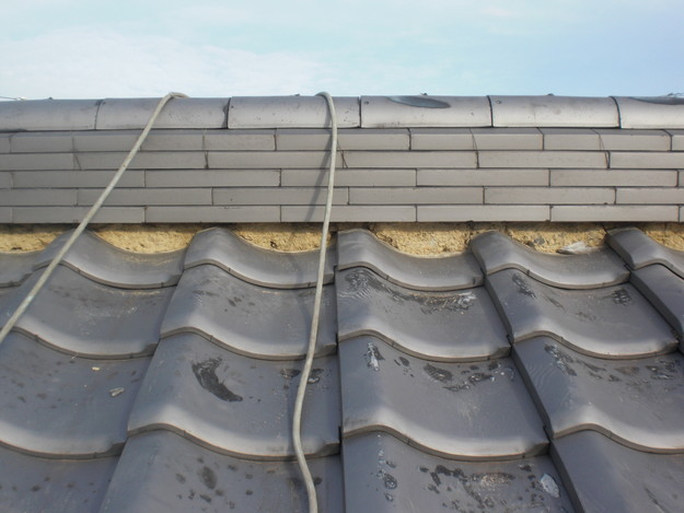 屋根漆喰工事施工中CIMG2328