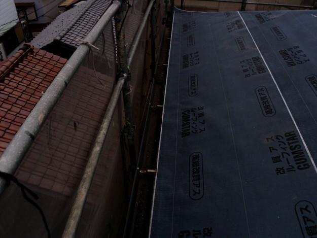 屋根防水シート敷設中DSCI1100