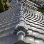 屋根メンテナンス工事(棟積み直し・横ラバーロック)(加古川市)